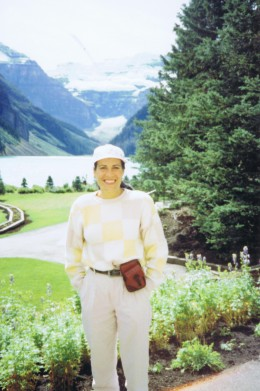 Jo-at-Lake-Louise-Summertime-May-1993-260x391